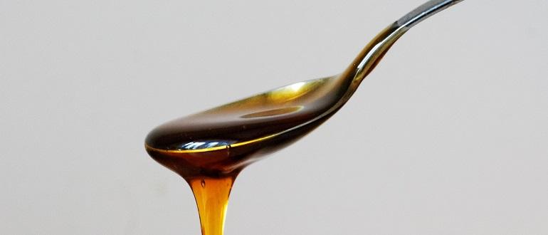 На сколько калорийный мед